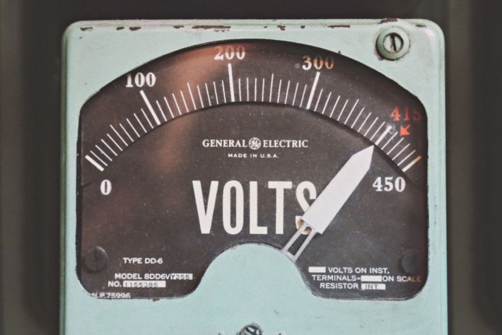電力計測メーター